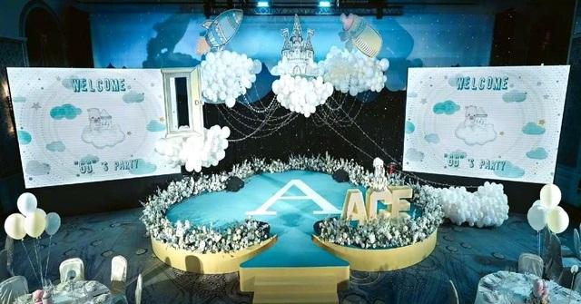 An Dĩ Hiên và chồng tỷ phú mở tiệc đầy tháng hoành tráng cho con trai - 14