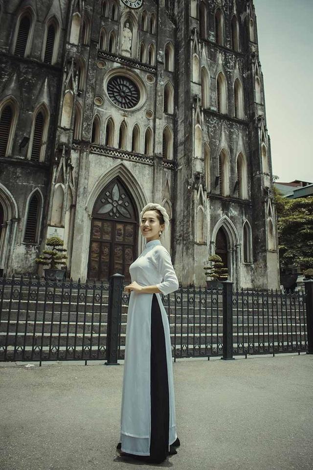 Thiếu nữ Hà thành thích diện áo dài đi du lịch khắp chốn - 10
