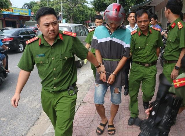Làm giả thẻ ATM chiếm đoạt tiền, 3 đối tượng người Trung Quốc bị bắt - 1