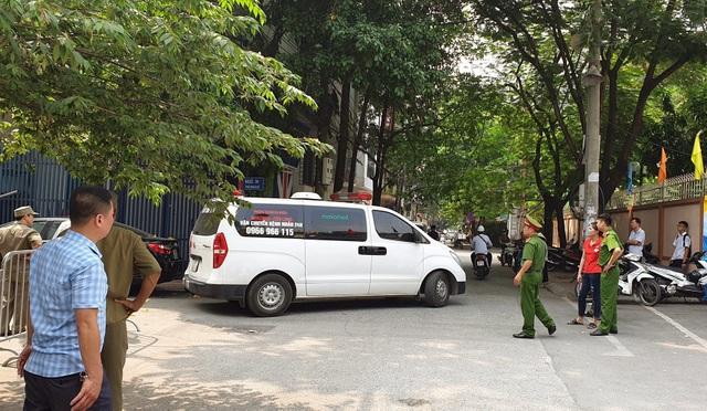 Vụ cuồng sát 2 nữ sinh ở phòng trọ: Nghi can đã tử vong - 2