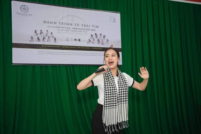 Hoa hậu Giáng My tiết lộ từ năm 6 tuổi đã được rèn luyện kỹ năng sống độc lập - 6