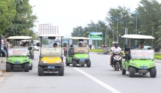 """Phát hiện hàng trăm xe điện chở khách """"chui"""" tại khu du lịch Sầm Sơn - 1"""