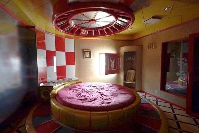 Khách sạn tình yêu bị bỏ hoang: Chốn yêu đương một thời của những cặp tình nhân - 2