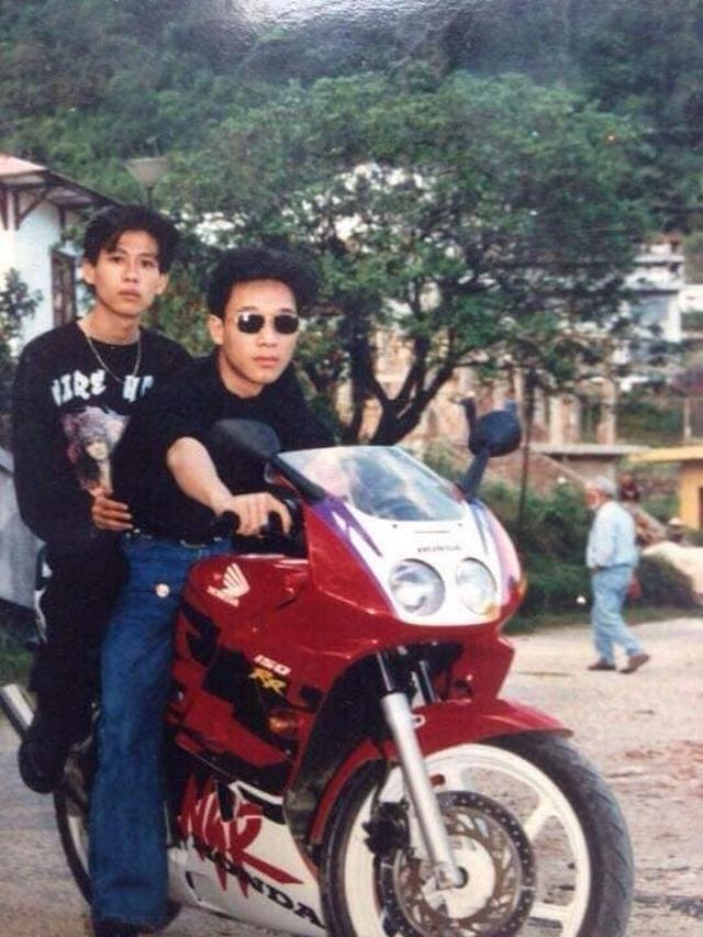 Giới nhà giàu Hà Nội thập niên 90: Dùng máy nhắn tin, đi xe phân khối lớn - 4