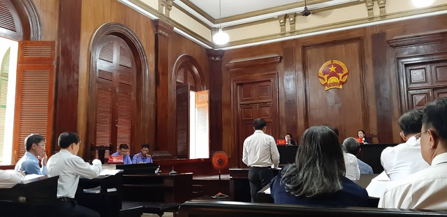 Gần 10 năm vẫn chưa thể xử vụ sai phạm tại ngân hàng liên doanh Việt Nga - 1