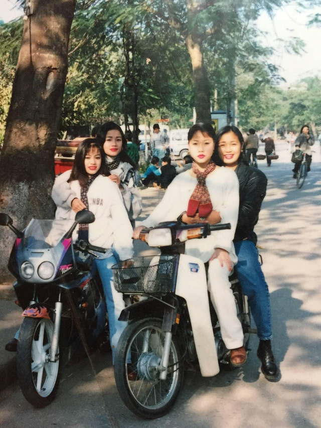 Giới nhà giàu Hà Nội thập niên 90: Dùng máy nhắn tin, đi xe phân khối lớn - 7