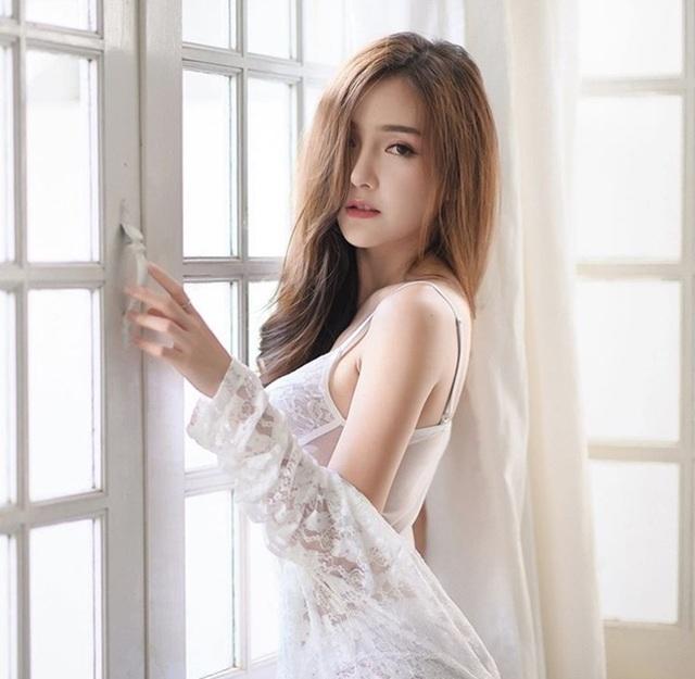 Dung mạo ngắm là yêu của 2 hot girl câu lạc bộ con gái đẹp nhất Thái Lan - 1