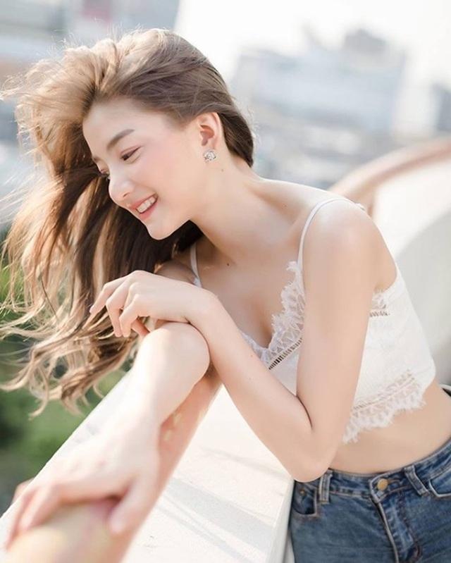 Dung mạo ngắm là yêu của 2 hot girl câu lạc bộ con gái đẹp nhất Thái Lan - 14