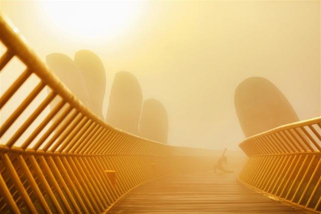 Kỷ niệm một năm Cầu Vàng, Sun World Ba Na Hills áp dụng giá vé ưu đãi chưa từng có - 2