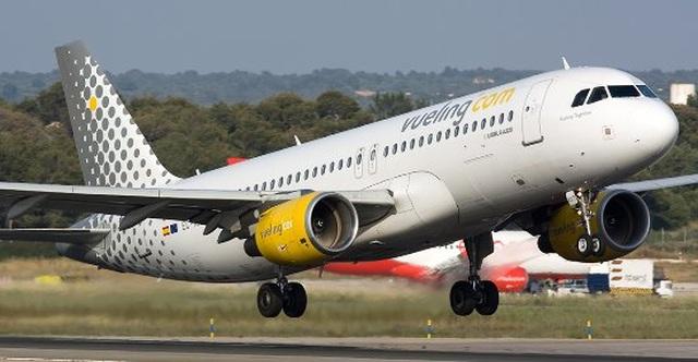 """Máy bay bốc cháy khiến hành khách hoảng loạn còn tiếp viên xử lý """"gây ức chế"""" - 3"""