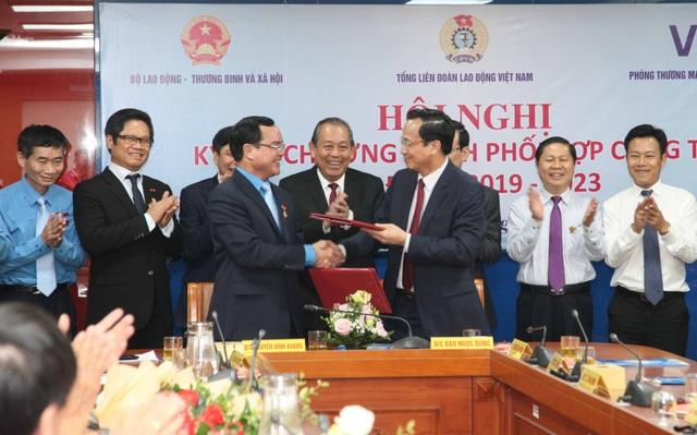 Hợp tác giữa Nhà nước, công đoàn và doanh nghiệp về lao động, tiền lương, BHXH - 2