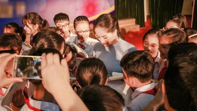 """Xinh """"Về nhà đi con"""": """"Không ngờ đóng """"con giáp thứ 13"""" mà khán giả yêu mến"""" - 5"""