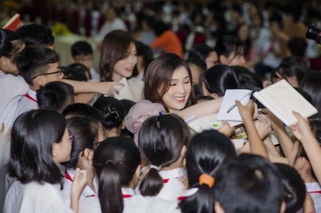 """Xinh """"Về nhà đi con"""": """"Không ngờ đóng """"con giáp thứ 13"""" mà khán giả yêu mến"""" - 13"""