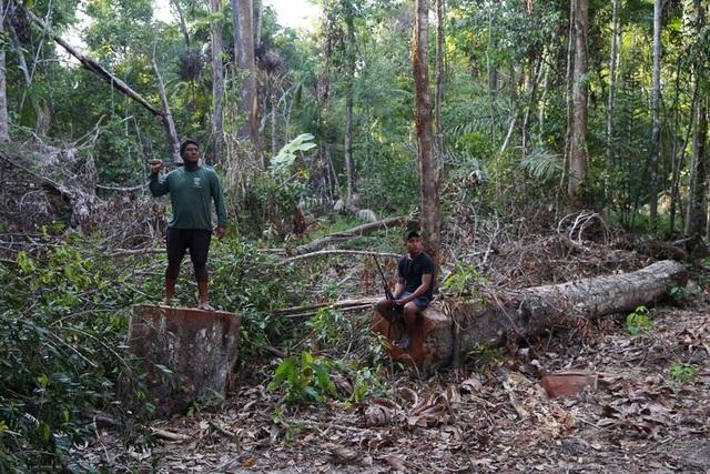 """Thảm cảnh của thổ dân rừng Amazon khi """"lá phổi xanh"""" ngày càng teo nhỏ - 4"""