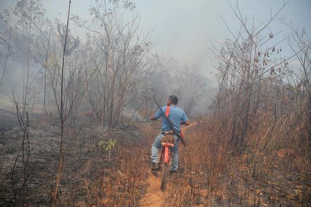 """Thảm cảnh của thổ dân rừng Amazon khi """"lá phổi xanh"""" ngày càng teo nhỏ - 10"""