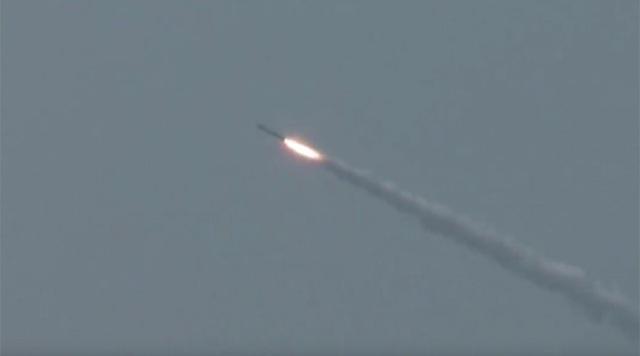 """Video tàu ngầm hạt nhân Nga khai hỏa """"sát thủ diệt hạm"""" - 1"""