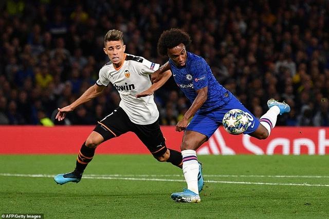 Chelsea 0-1 Valencia: Lampard lại khởi đầu tồi tệ - 5