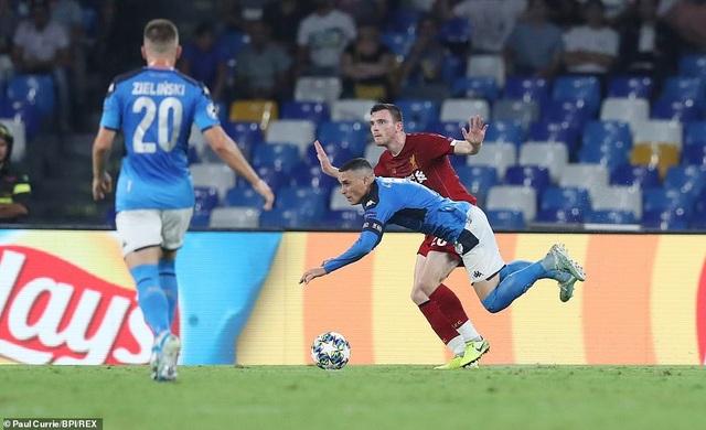 Van Dijk mắc sai lầm, Liverpool bất ngờ gục ngã trước Napoli - 4