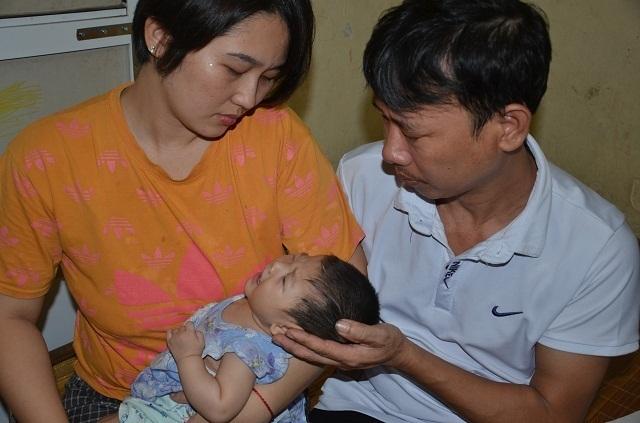 Bé gái 9 tháng tuổi bị tim bẩm sinh được bạn đọc giúp đỡ hơn 140 triệu đồng - 4