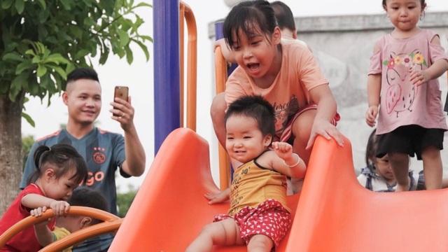 Chiến dịch FoxSteps FPT Telecom trao tặng sân chơi cho trẻ em toàn quốc - 2