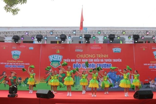 Tưng bừng lễ phát động Thiếu nhi Việt Nam tìm hiểu và tuyên truyền bảo vệ môi trường - 1