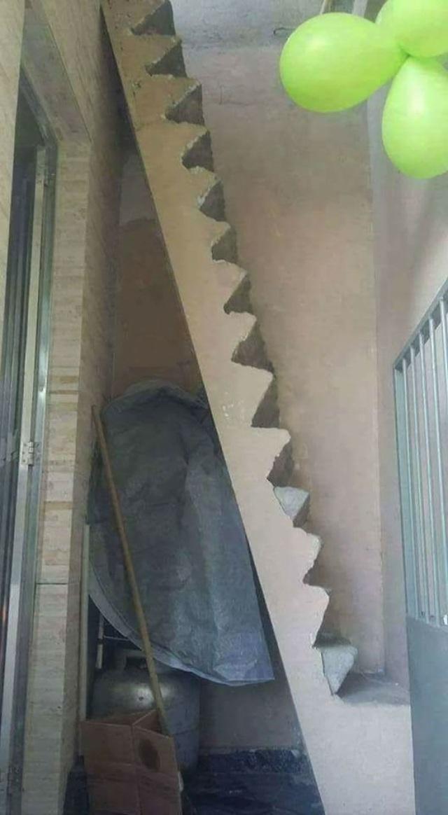 """Những chiếc cầu thang """"phiên bản lỗi"""" khiến người dùng phải ngán ngẩm - 10"""