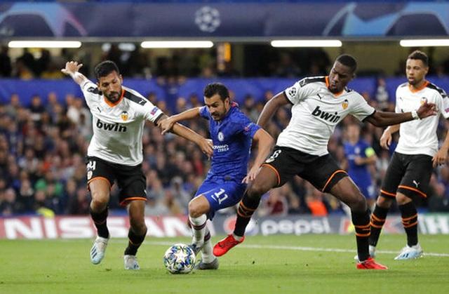 Những khoảnh khắc gây thất vọng của Chelsea trên sân nhà Stamford Bridge - 5