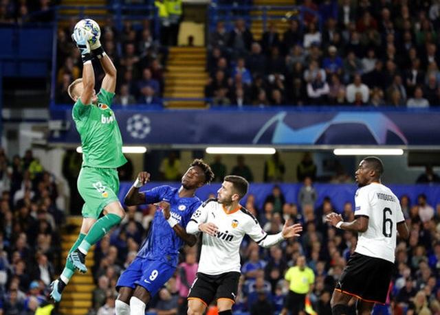 Những khoảnh khắc gây thất vọng của Chelsea trên sân nhà Stamford Bridge - 6