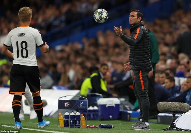 Những khoảnh khắc gây thất vọng của Chelsea trên sân nhà Stamford Bridge - 9