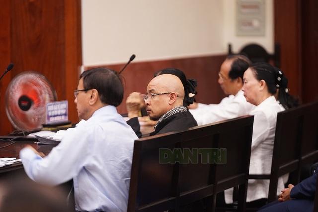 Hoãn phiên xử kín vụ án ly hôn của vợ chồng ông chủ cà phê Trung Nguyên - 3