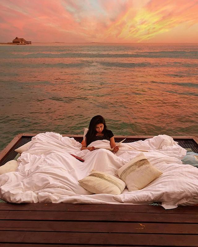 Dưới là đại dương, trên là trăng sao đây có thể là nơi ngủ đẹp nhất thế giới - 5