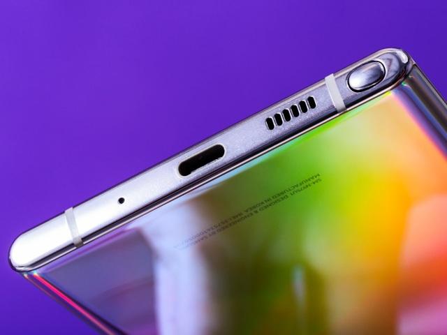 """Những """"điểm trừ"""" khiến iPhone 11 """"lép vế"""" so với các đối thủ cùng phân khúc - 3"""