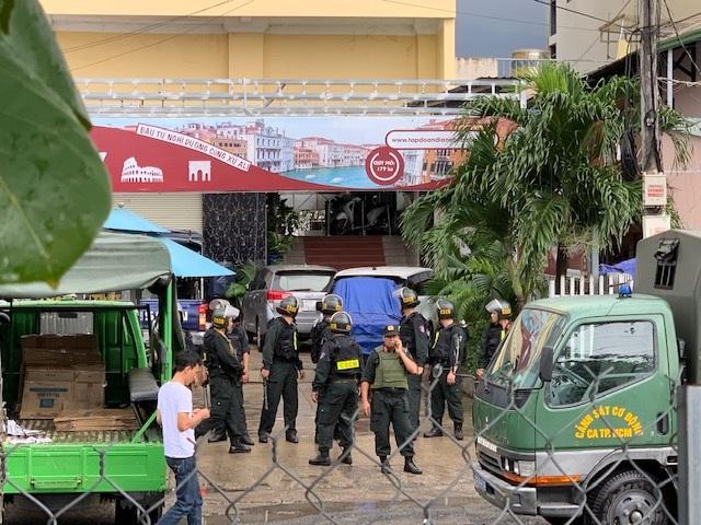 Cảnh sát phong tỏa trụ sở, bắt tạm giam Chủ tịch HĐQT Công ty địa ốc Alibaba - 6