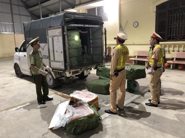 Hơn 5 tấn nầm lợn nhập lậu Trung Quốc chảy nước hôi thối bị bắt giữ - 1