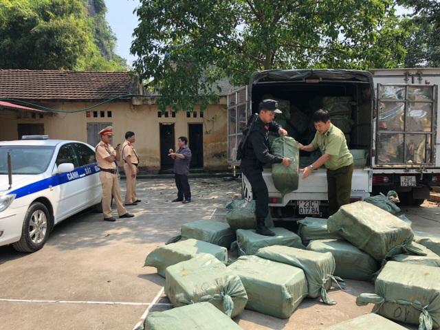 Hơn 5 tấn nầm lợn nhập lậu Trung Quốc chảy nước hôi thối bị bắt giữ - 2
