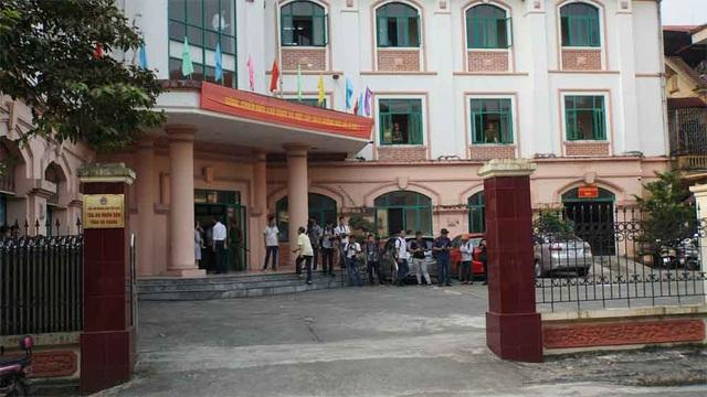 122 người liên quan vắng mặt  trong phiên xử vụ gian lận điểm thi ở Hà Giang - 6