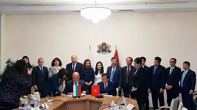Việt Nam có thể cung ứng 50.000 lao động tới Bungari - 2