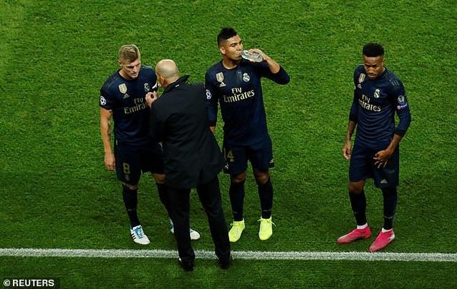 Real Madrid thua đậm PSG, HLV Zidane thừa nhận sự thật cay đắng - 2
