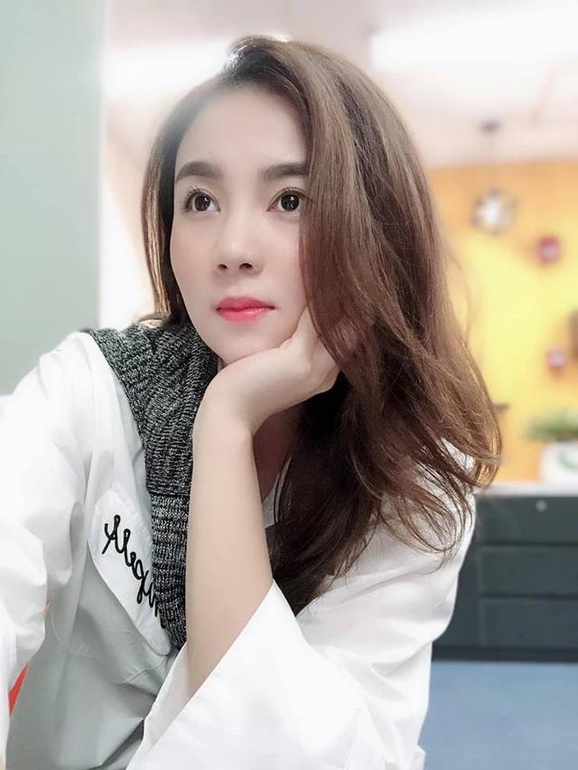 BTV Mai Ngọc VTV giống mỹ nhân phim Thái Chiếc lá cuốn bay - 11