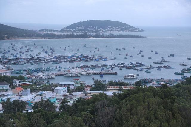 """Bãi biển Phú Quốc mùa mưa - """"Nàng thơ"""" trong trẻo - 1"""