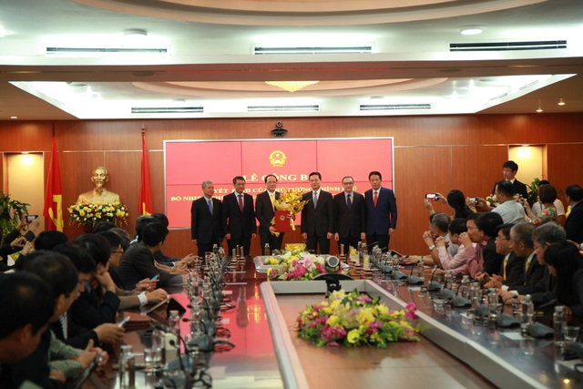 Bộ Thông tin và Truyền thông công bố quyết định bổ nhiệm cho Tân Thứ trưởng Phạm Anh Tuấn - 2