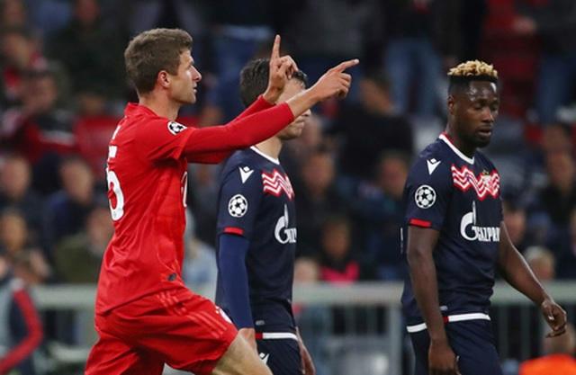Bayern Munich 3-0 Crevna Zvedza: Lewandowski thăng hoa - 4