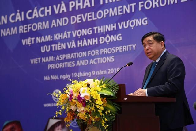 Bộ trưởng Nguyễn Chí Dũng thẳng thắn chỉ ra khiếm khuyết của kinh tế Việt Nam - 1