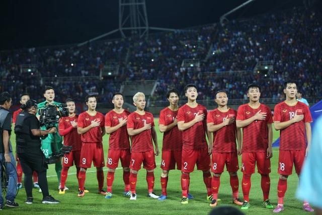 Đội tuyển Việt Nam tụt hai bậc trên bảng xếp hạng FIFA - 1