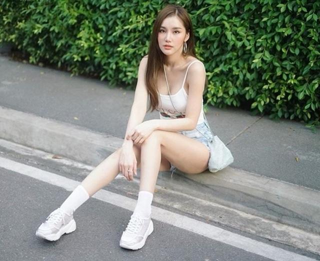 Style nổi bật của thiên thần triệu fan Thái Lan - 16