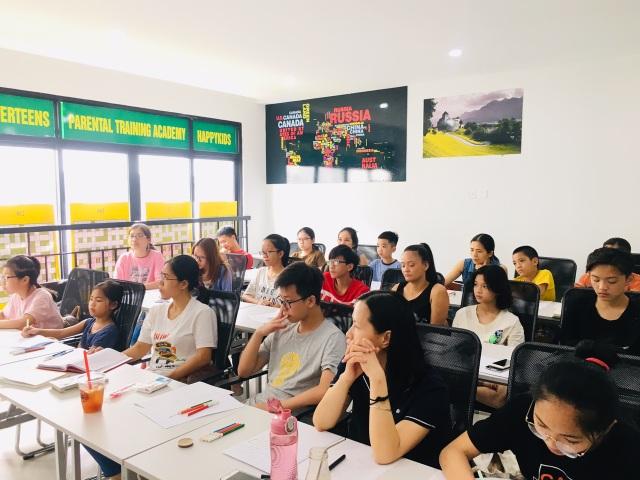 Thầy giáo 8X sáng lập hội GIA ĐÌNH TỰ HỌC ANH VĂN thu hút hàng nghìn người quan tâm - 2