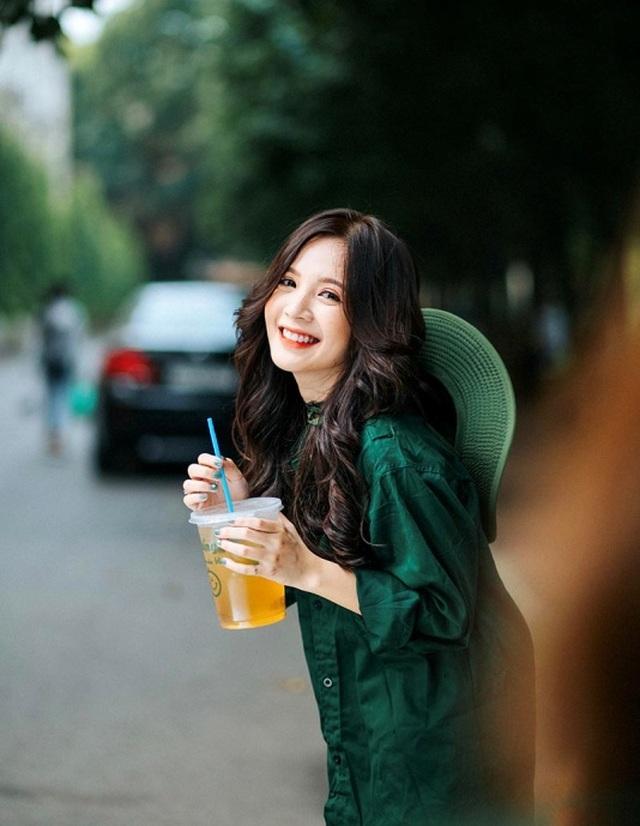 Thiếu nữ Hà thành xinh đẹp hút hồn, kiếm hàng chục triệu đồng mỗi tháng - 9