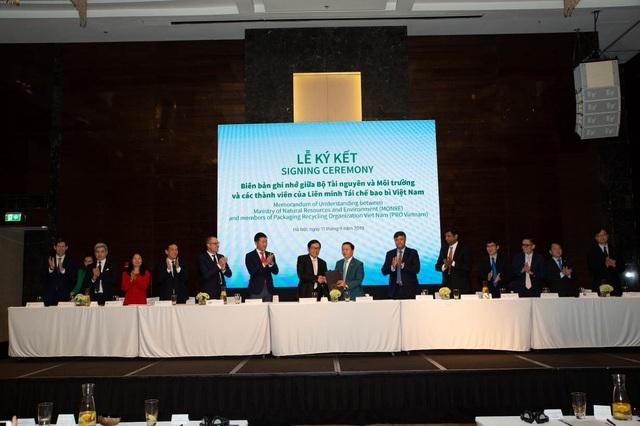 URC Việt Nam và các doanh nghiệp chia sẻ sáng kiến thúc đẩy kinh tế tuần hoàn - 1