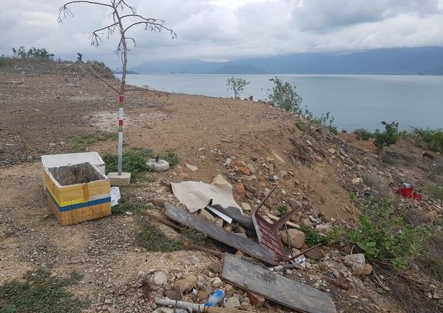 Đường đèo tuyệt đẹp ở phía bắc Nha Trang bị rác xây dựng tấn công - 2