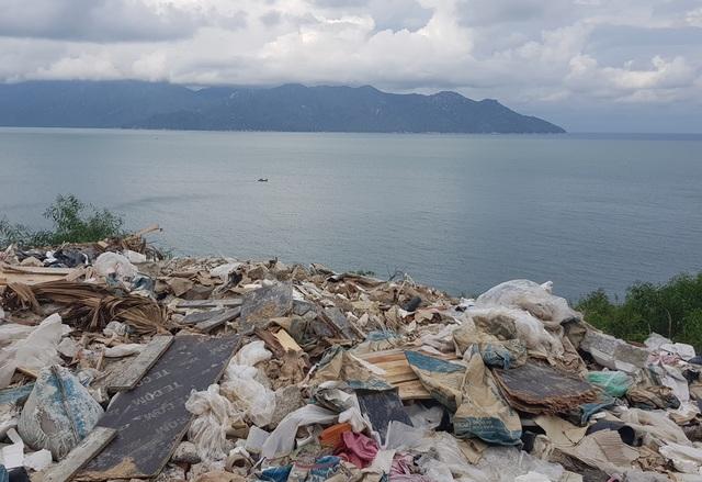 Đường đèo tuyệt đẹp ở phía bắc Nha Trang bị rác xây dựng tấn công - 5
